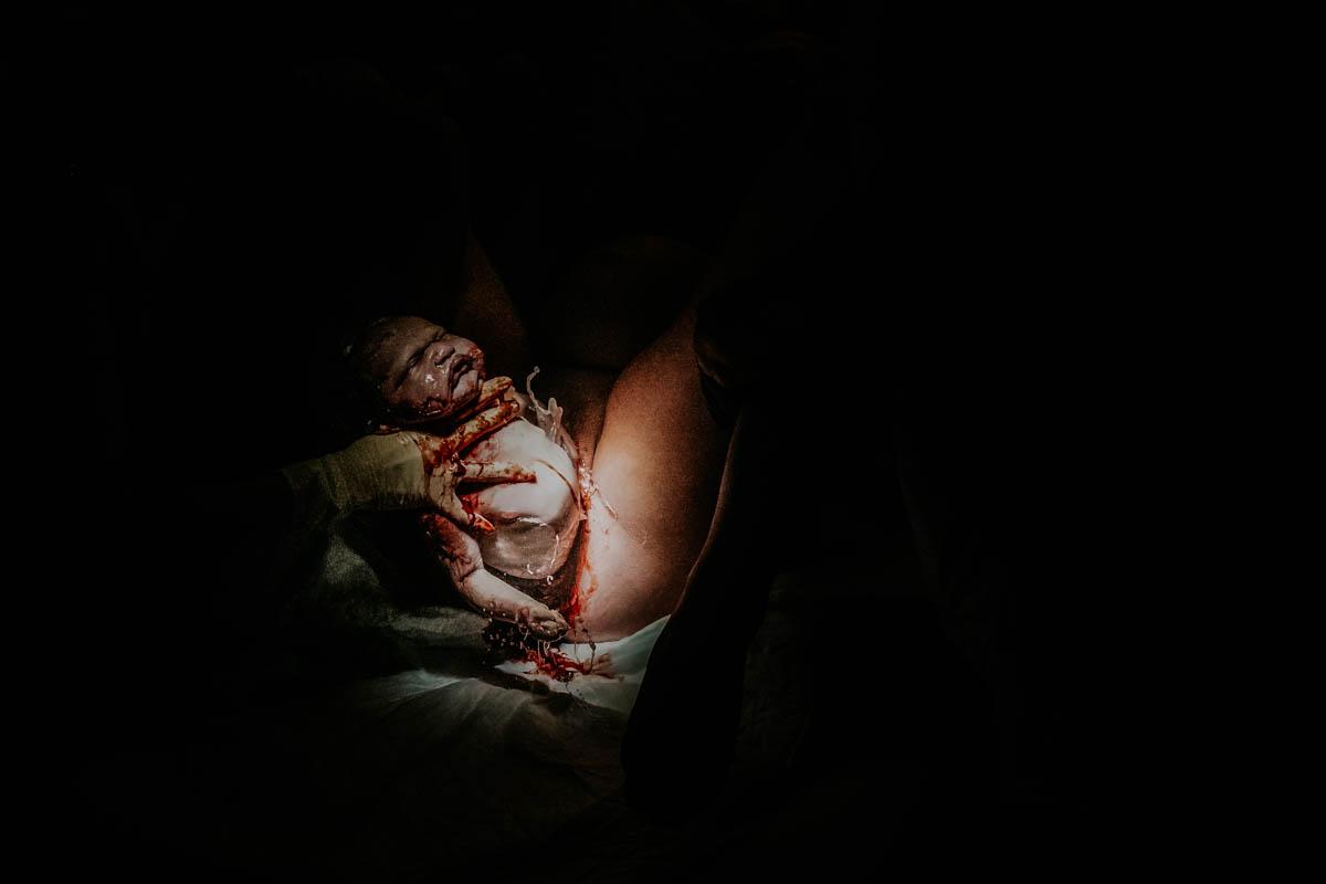 baby wordt geboren